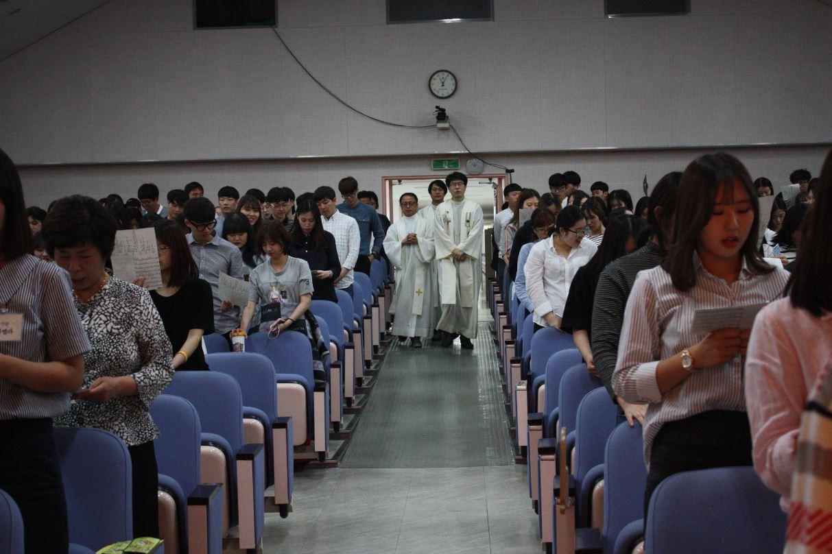 [교목실]2016학년도 1학기 종강미사 및 세례식